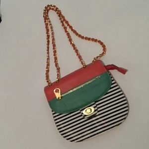 Handbags - Color Block Striped Chained Strap Crossbody Bag